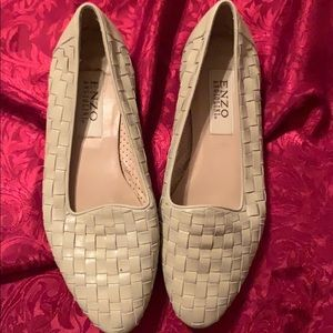 Enzo angiolini flat shoes
